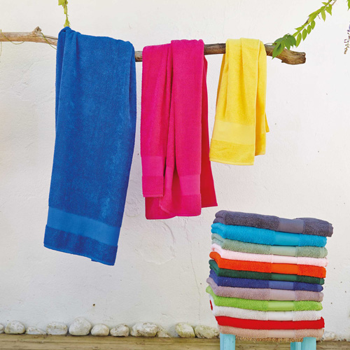 Towel > serviette de toilette