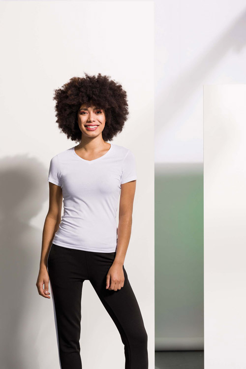 T-shirt femme col v feel good